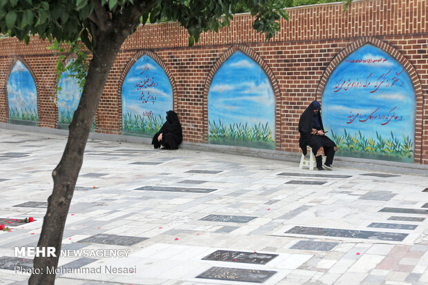 دعای عرفه در امامزاده عبدالله(ع)گرگان