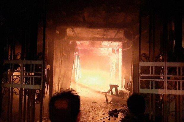 آتش سوزی در پاساژ شهرداری شهر سرابله