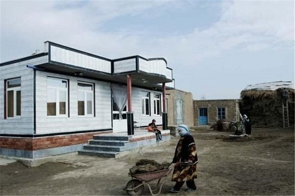 تحویل ۱۰۰۰ واحد مسکن محرومان در مازندران