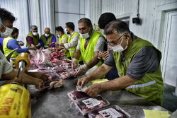 ذبح ۸ گوسفند برای توزیع گوشت بین نیازمندان نهاوند
