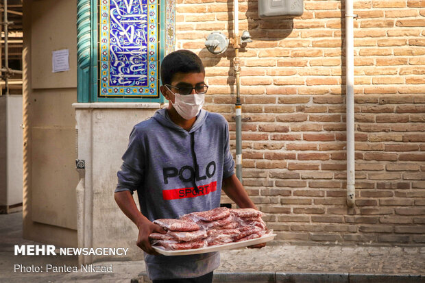 توزیع گوشت قربانی در شهرکرد
