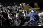 نگاهی به اعتراضات گسترده پورتلند آمریکا در شبکه پرس تی وی
