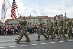 آمریکا ۱۰۰۰ نیروی نظامی به لهستان اعزام می کند