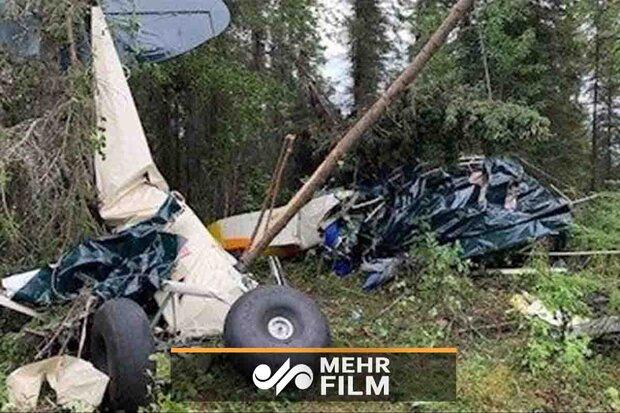 VIDEO: Mid-air plane crash in Alaska