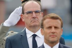 نخستوزیر فرانسه از «ماکرون» محبوبتر است