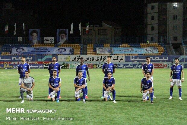 دیدار تیم های فوتبال فولاد خوزستان و گل گهر سیرجان