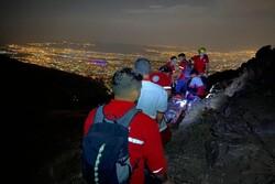نجات جوان ۲۹ ساله در ارتفاعات شمال تهران/عملیات ۱۰ ساعت طول کشید