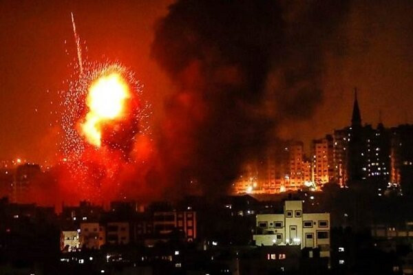 """""""نتنياهو"""" يهرب من أزماته الداخلية عبر اعلان حرب على غزة"""