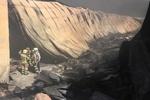 حریق شهرک صنعتی «کمرد» پردیس ۸ آتش نشان را مصدوم کرد
