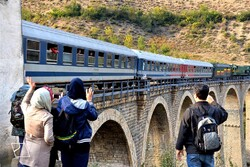 جامعة إيرانية تبدع طريقة جديدة لزيادة متانة جسور السكك الحديدة القديمة