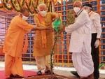 بھارتی وزیر اعظم نے بابری مسجد کی جگہ مندر کا سنگ بنیاد رکھ دیا