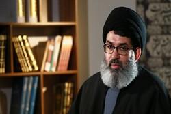 آیة الله مصباح الیزدي قدم کل وجوده للثورة الإسلامیة