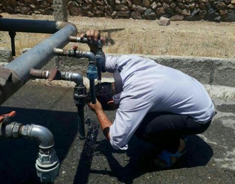 خطر خشکسالی بیخ گلوی قروه