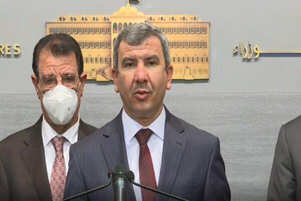 محموله های نفتی از طریق زمینی از عراق به سوی لبنان در حرکتند