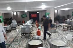 پخت و توزیع بیش از ۳۰۰ هزار وعده غذای نذری در گیلان