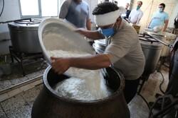 پخت و توزیع ۵۰۰۰ پرس غذا در ورامین به نیت مادر سادات