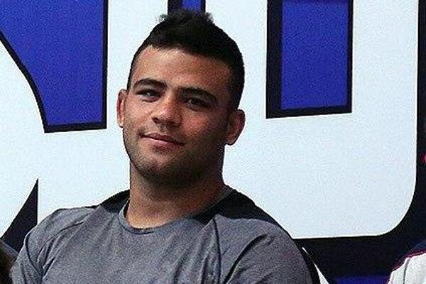 عضو تیم ملی کشتی ایران در بیمارستان بستری شد