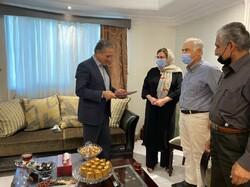 معاون استاندار گلستان با خانواده «دلارام شکیبا» دیدار کرد