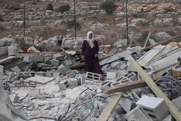 İsrail güçleri Filistinlilere ait bir ev ile su deposunu yıktı
