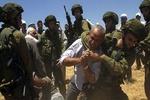 ضرب و شتم کشاورز فلسطینی از سوی صهیونیستها
