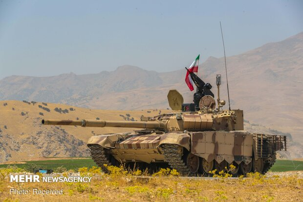 Unveiling ceremony of upgrading line of Armed Forces' tanks
