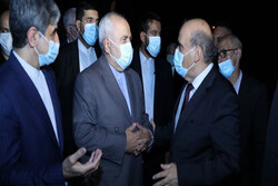 Zarif arrives in Beirut