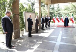 Rouhani meets with new Iranian envoys
