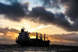 چين میں تیل بردار جہاز کے کارگو جہازکے ساتھ  ٹکرانے سے 14 افراد لاپتہ