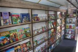توسعه و تجهیز کتابخانه کلاسی از اصلی ترین فعالیت های تربیتی