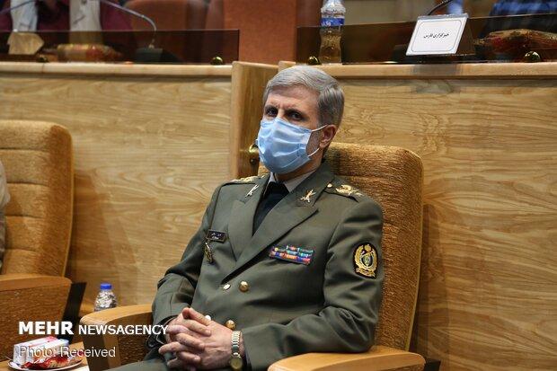 وزارة الدفاع الايرانية تجاوزت العقوبات الجائرة ولا تكترث لها