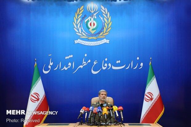 نشست خبری امیر حاتمی وزیر دفاع و پشتیبانی نیروهای مسلح