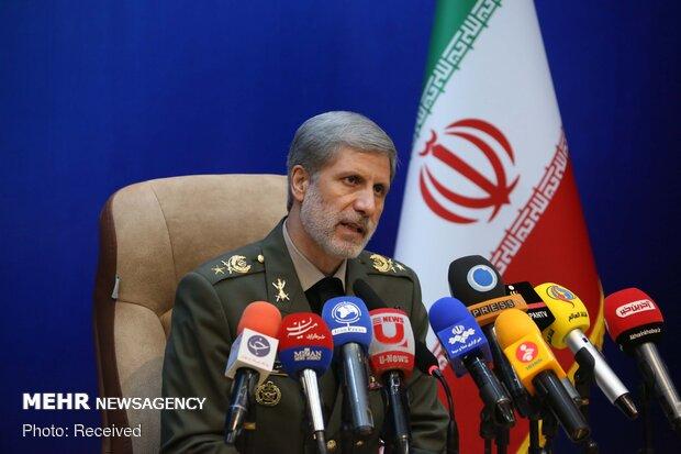 وزير الدفاع الايراني يوعز بتقديم أقصى قدر من الخدمات للقطاع الصحي