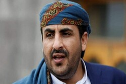 غريفث يتجاهل المعاناة الإنسانية للشعب اليمني وينشغل بالشكليات والزيارات الفارغة