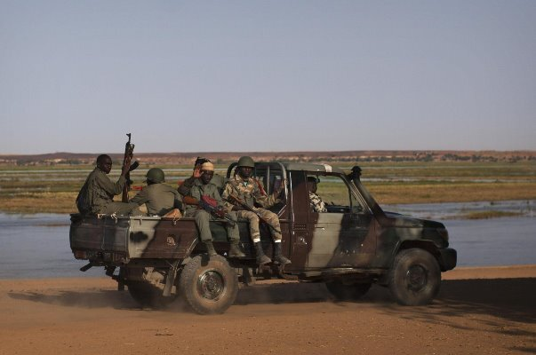 Mali'de BM Barış Gücü'ne bomba yüklü arabayla saldırı
