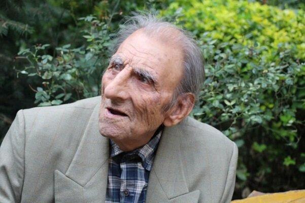 دقایقی با عکاس ۱۰۴ ساله گیلانی/ «نوید عکاس» در غربت آسایشگاه