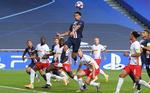 دیدار تیمهای فوتبال پاری سن ژرمن و لایپزیگ در پرتغال
