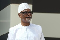 Mali president resigns after military mutiny