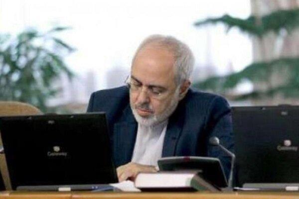 ظريف يؤكد على عدم شرعية الطلب الأمريكي في إعادة الحظر على ايران