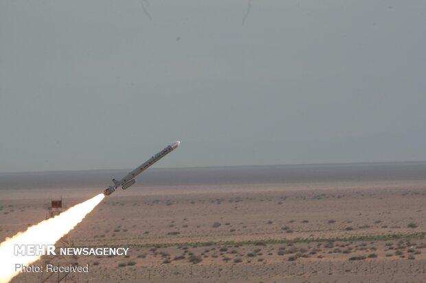 New Iranian cruise, ballistic missiles unveiled