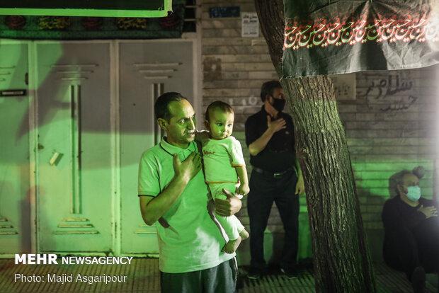 Tehraners attend 1st Muharram mourning night