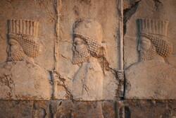 سنگهای منقوش میراث جهانی تخت جمشید شناسنامهدار میشوند