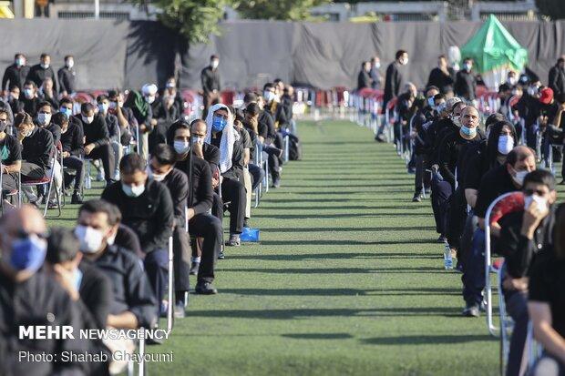 """مراسم العزاء الحسينية في ملعب """"الشهيد سعيدي"""" بالعاصمة طهران"""