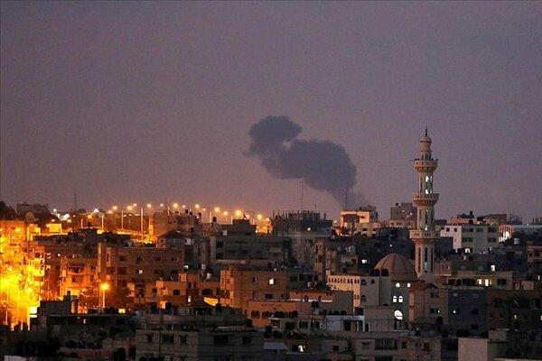Siyonist Rejim savaş uçaklarıyla Gazze'yi vurdu