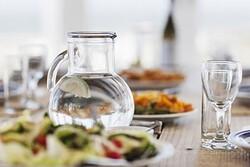 چه زمانهایی نباید آب بنوشیم؟