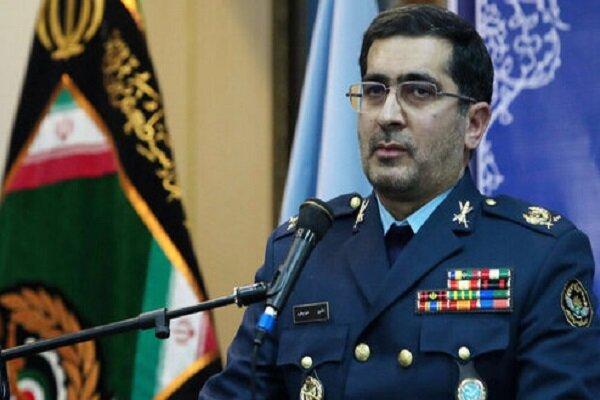 وزارة الدفاع الايرانية ستقف الى جانب الشعب حتى القضاء على جائحة كورونا