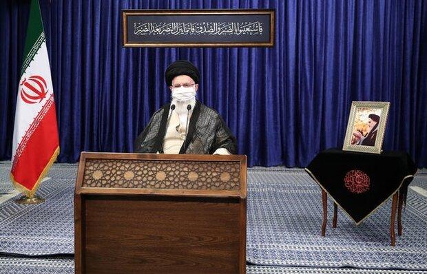قائد الثورة الاسلامية يعقد إجتماعا مع مدراء قطاع التربية والتعليم