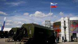 Iran interested in various types of Russian weapons: Moscow