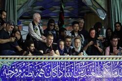 Yabancı turistlerin Yezd'deki Aşura etkinliklerine ilgisi artıyor