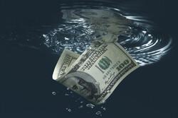 سهم دلار در ذخایر ارزی جهان به پایینترین سطح از ۱۹۹۵ افت کرد