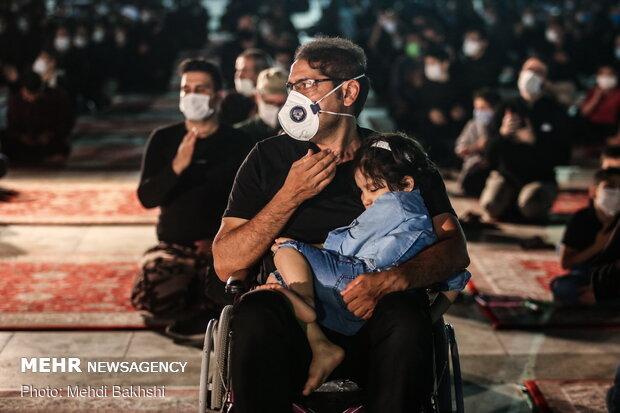 """مراسم العزاء في حرم مسجد """"جمكران"""" بمراعاة البروتوكولات الصحية ومشروع التباعد الاجتماعي"""